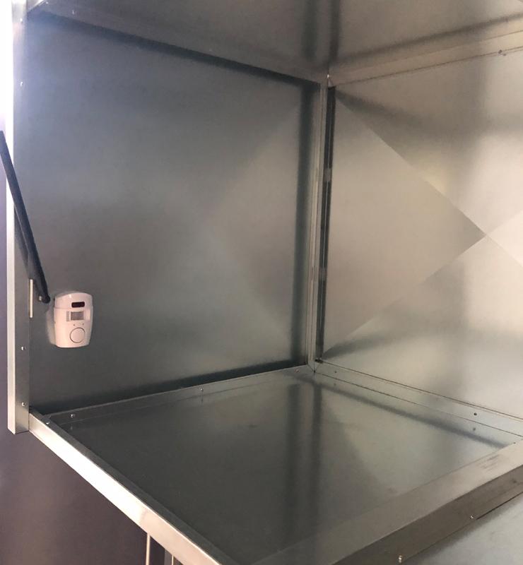 szafa garażowa i alarm