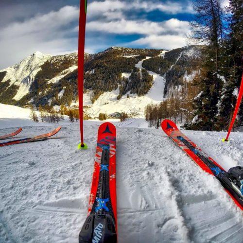 Odpowiednie warunki do przechowywania sprzętu sportów zimowych